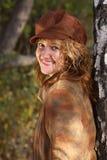 Frau mit Schutzkappe stockfotos