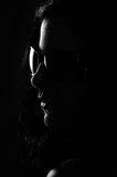 Frau mit Sonnenbrillen Stockfoto