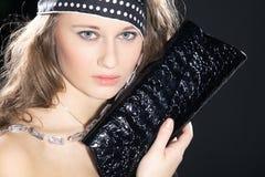 Frau mit Tasche clatsch Lizenzfreie Stockfotografie