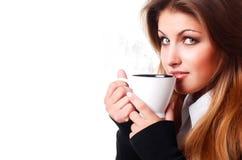 Frau mit Tasse Kaffee stockfoto