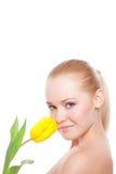 Frau mit Tulpe Lizenzfreie Stockfotos