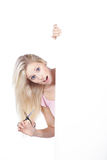 Frau mit weißem Brett Lizenzfreie Stockfotos
