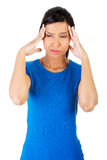 Frau mit Zahnschmerzen lizenzfreie stockfotos