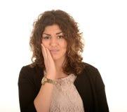 Frau mit Zahnschmerzen lizenzfreie stockfotografie