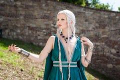 Frau in mittelalterliche Zeiten Stockbild