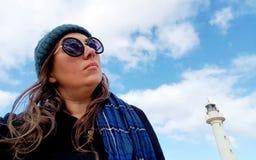 Frau am Punkt-niedrigen Leuchtturm, Spencer Gulf lizenzfreie stockfotografie