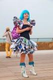 Frau in Purim-Kostüm Lizenzfreie Stockfotos