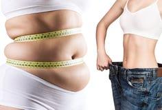 Frau ` s Körper vor und nach Gewichtsverlust lizenzfreie stockfotos