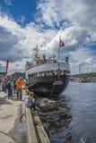 Frau sjøkurs ist im Hafen von halden angekommen Lizenzfreies Stockfoto