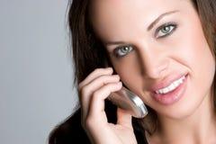Frau am Telefon Stockfoto