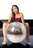 Frau und discoball Stockbild