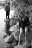 Frau und ein Fischer Stockbild