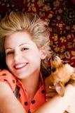 Frau und Haustier Stockfoto