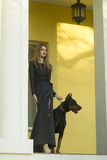 Frau und Mastiff Stockfoto