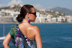 Frau und Meer stockfoto