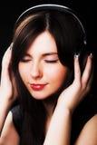 Frau und Musik Lizenzfreie Stockbilder
