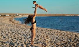 Frau und Tochter Stockfotografie