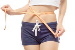 Frau verlieren Gewichtsschlankheitszentimeter stockfotografie
