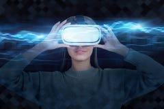 Frau in VR-Schutzbrillen, blaues Diagramm stockfotos