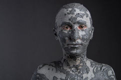 Frau wie eine Statue im Lehm Badekurort - 7 lizenzfreie stockfotografie