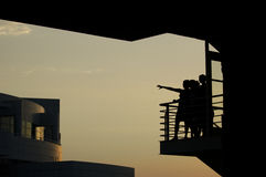 Frauen auf Balkon Stockfoto