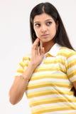 Frauen in denkendem Ausdruck Lizenzfreie Stockfotografie