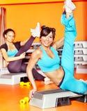 Frauen in der Aerobicsklasse. Lizenzfreie Stockbilder