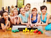 Frauen in der Aerobicsklasse. Stockfoto