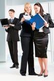 Frauen in der Frontseite Lizenzfreie Stockfotografie