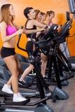 Frauen, die Übung tun Stockbild