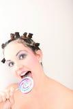 Frauen, die Süßigkeit mögen Lizenzfreie Stockfotografie