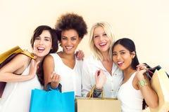 Frauen-Einkauf stockfotografie