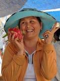 Frauen-Frucht-Verkäufer, Hoi, Vietnam Stockfoto