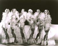 Frauen gekleidet in den Zellophankostümen lizenzfreies stockfoto