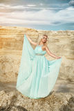 Frauen im blauen Kleid Lizenzfreies Stockbild