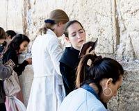 Frauen an Jerusalems Klagemauer Stockfoto