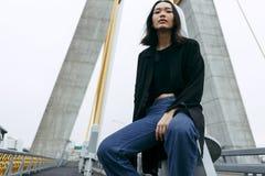 Frauen-Jugendlich-Porträt-Hippie-Art-Konzept Stockbilder