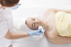 Frauen am Kosmetiker Lizenzfreies Stockbild