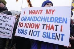 Frauen März in Toronto Stockfotos
