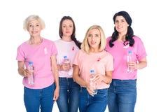 Frauen mit Flaschen Wasser Lizenzfreies Stockbild