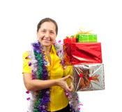 Frauen mit Geschenken über Weiß Stockfotos