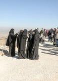 Frauen mit schwarzem Schleier auf Berg Nebo Lizenzfreie Stockbilder