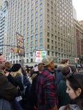 Frauen ` s März, NYC, NY, USA der Zuschauer-NYC Lizenzfreie Stockfotografie