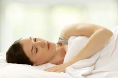 Frauen-Schlafen Lizenzfreie Stockfotos