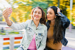 Frauen selfie Lizenzfreie Stockfotos