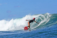 Frauen-Surfer-Weg Davey, das in Hawaii surft Lizenzfreies Stockfoto