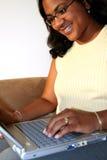 Frauen-Weiß-Hintergrund Lizenzfreies Stockfoto