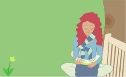 Frauenbücherwurm lizenzfreie stockbilder