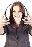 Frauenbediener mit Kopfhörer Stockbild