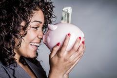 Fraueneinsparungsgeld lizenzfreies stockfoto